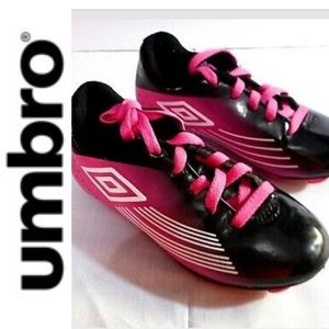 UMBRO girls cleats black pink 5 soccer sports